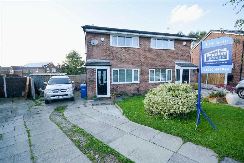 2 Bedrooms Semi Detached House for sale in Braidhaven, Shevington, Wigan, WN6