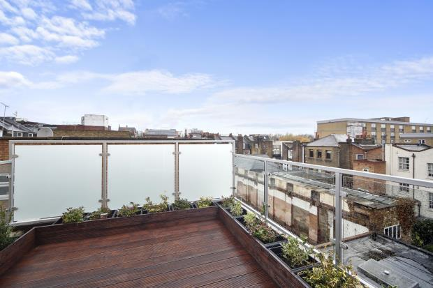 3 Bedrooms Flat for sale in Pratt Mews, Camden, NW1