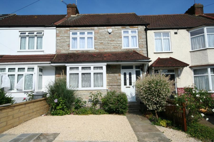 3 Bedrooms Terraced House for sale in Cranleigh Gardens, Kenton HA3 0UP