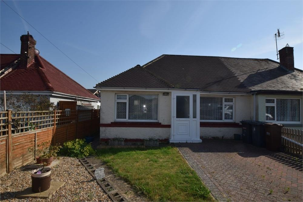 2 Bedrooms Semi Detached Bungalow for sale in Southern Avenue, Polegate