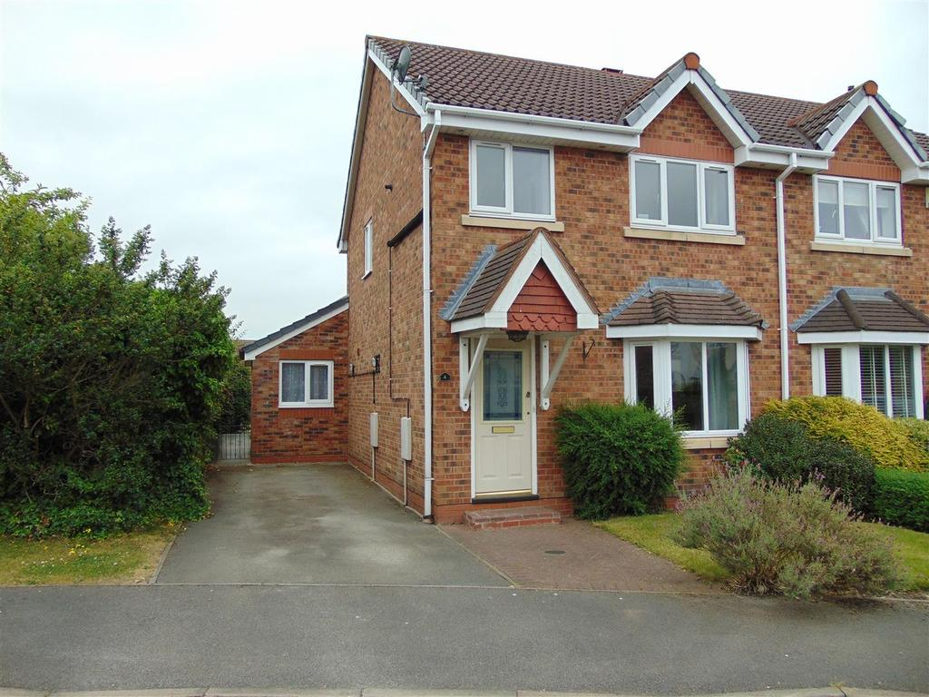 3 Bedrooms Semi Detached House for sale in Monsaldale Close, Clayhanger, Walsall