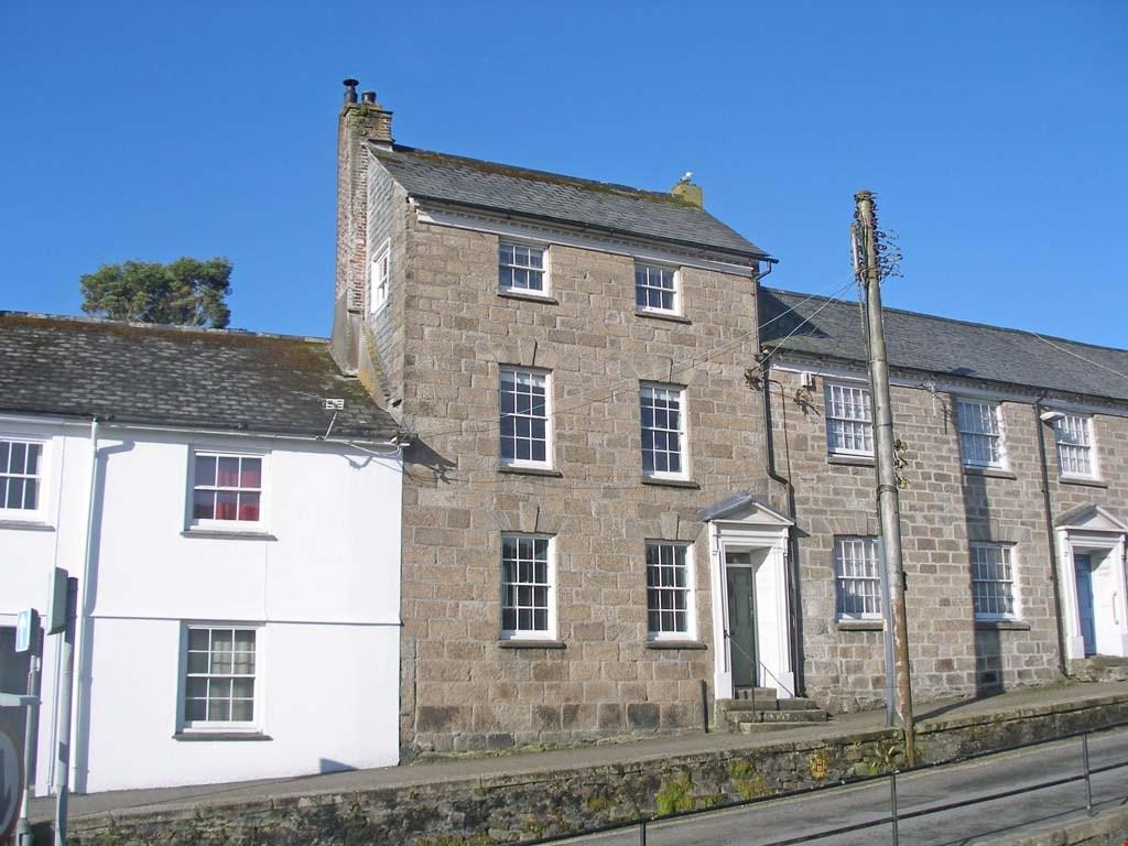 5 Bedrooms Town House for sale in Penryn, Nr. Falmouth, Cornwall, TR10