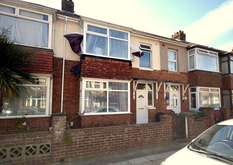 3 Bedrooms Terraced House for sale in Redcar Avenue, Baffins, Portsmouth