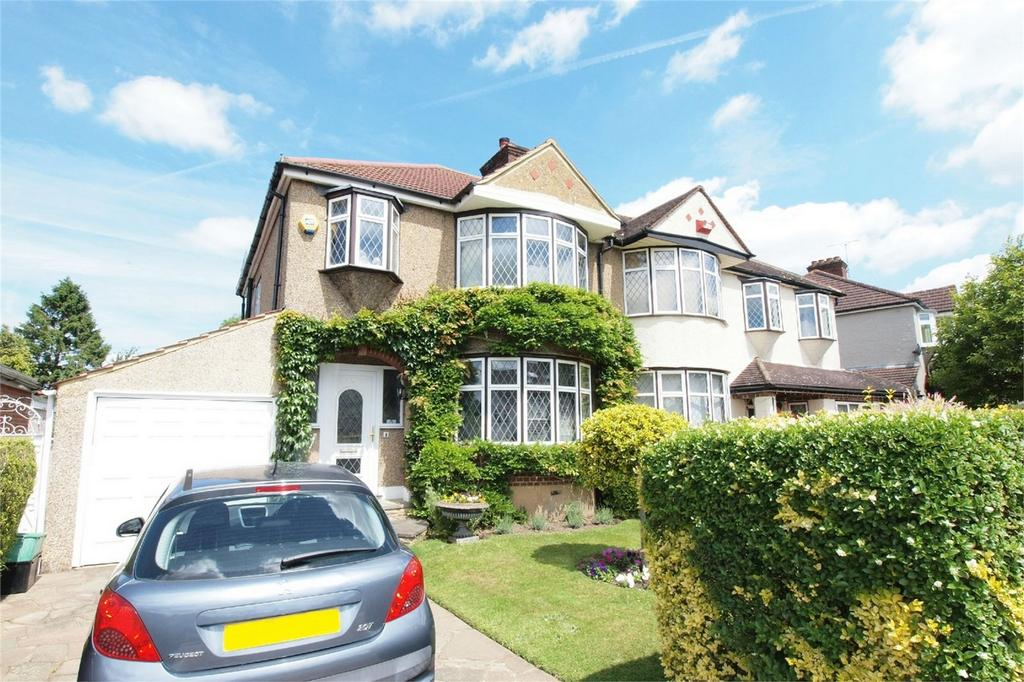 3 Bedrooms Semi Detached House for sale in Boleyn Gardens, West Wickham, Kent