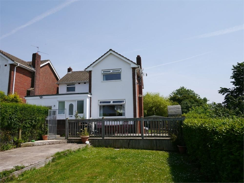 4 Bedrooms Detached House for sale in Vale View Crescent, Llandough
