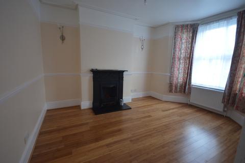 3 bedroom terraced house to rent - Bradgate Road Catford SE6