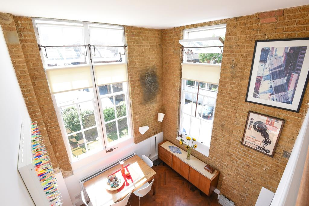 2 Bedrooms Flat for sale in York Grove Peckham SE15