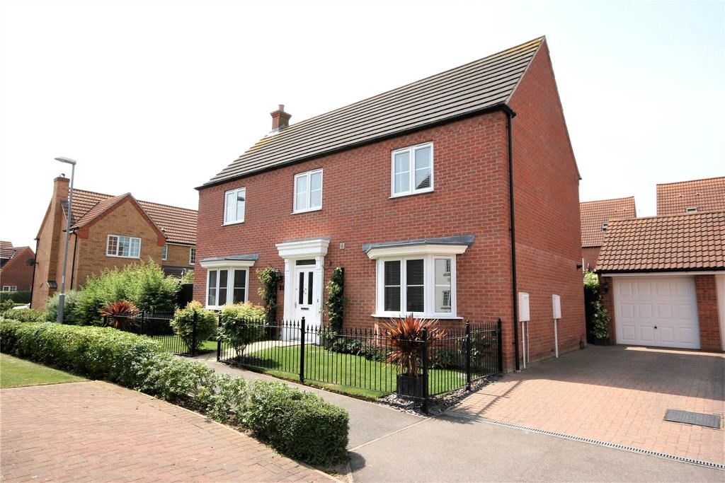 4 Bedrooms Detached House for sale in Nursery Way, Spalding, PE11