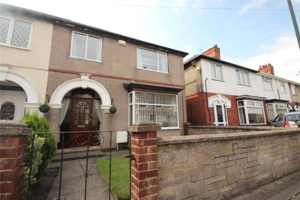 3 Bedrooms End Of Terrace House for sale in Huddleston Road, Grimsby, DN32