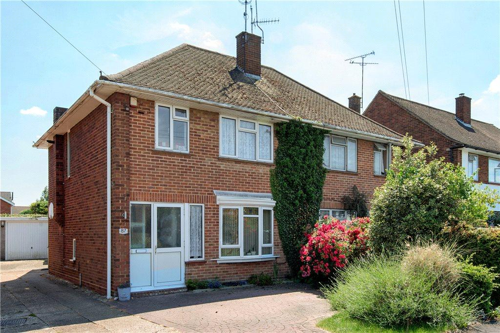 3 Bedrooms Unique Property for sale in Westmorland Avenue, Aylesbury, Buckinghamshire