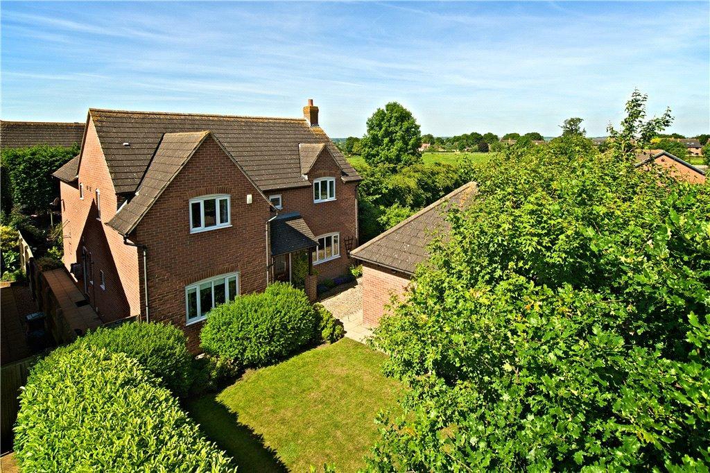 4 Bedrooms Detached House for sale in Thrupp Close, Castlethorpe, Milton Keynes, Buckinghamshire