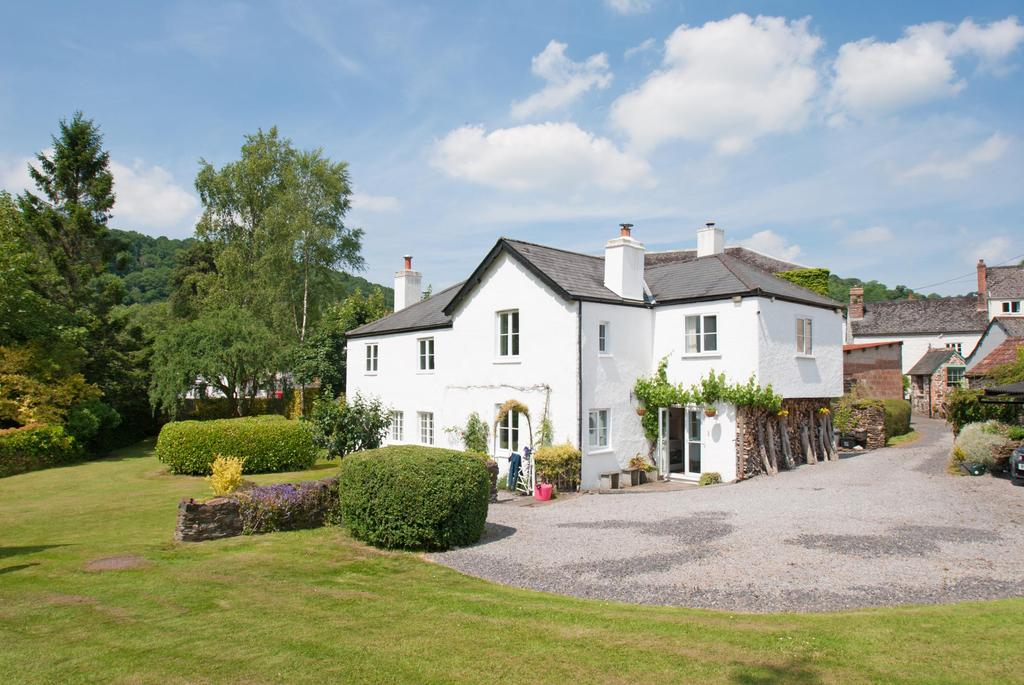 5 Bedrooms Detached House for sale in Chapel Street, Dulverton