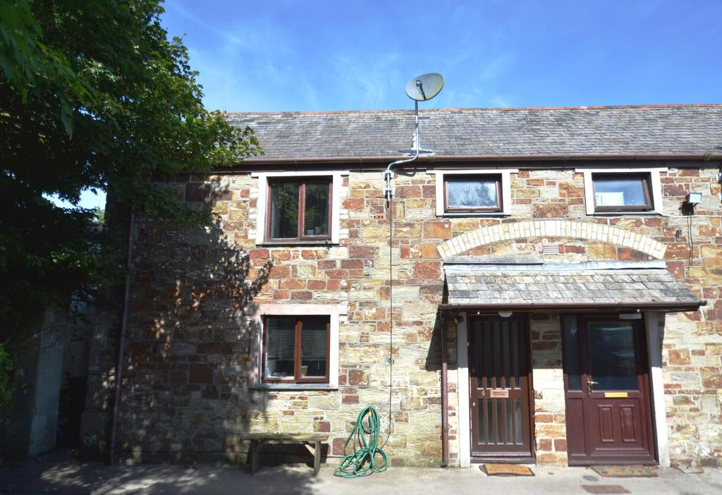 2 Bedrooms Terraced House for sale in Beacon Court, Barn Lane