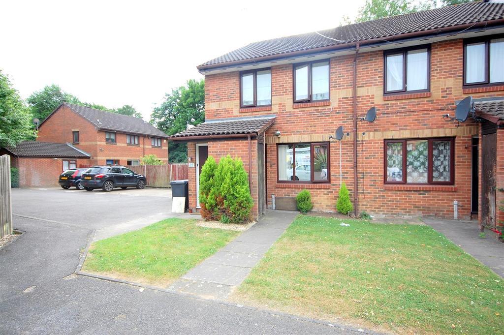 1 Bedroom Maisonette Flat for sale in Tudor Close, Hatfield