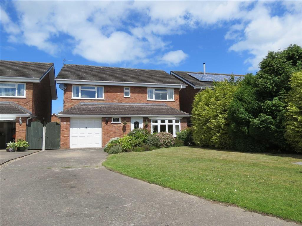 4 Bedrooms Detached House for sale in Kingston Drive, London Road Estate, Shrewsbury, Shropshire