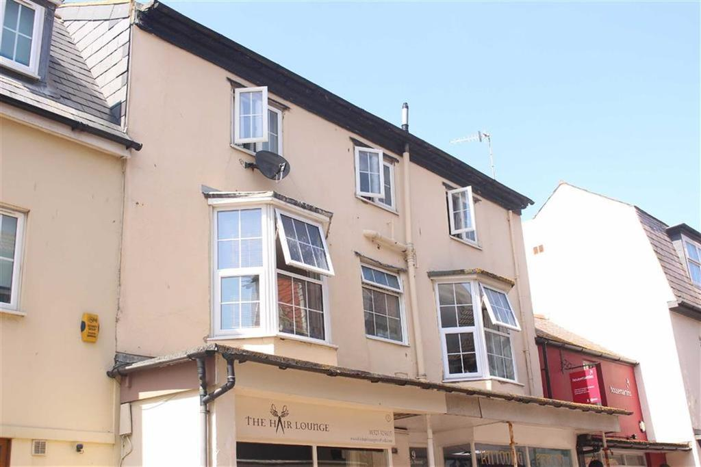 2 Bedrooms Flat for sale in High Street, Seaford