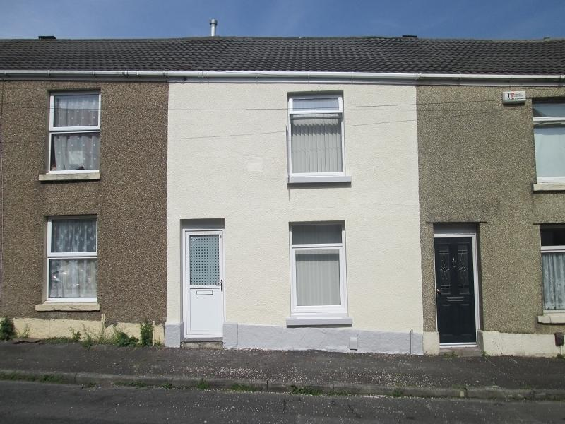 2 Bedrooms Terraced House for sale in Lynn Street, Cwmbwrla, Swansea, City And County of Swansea.
