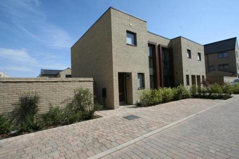 2 bedroom terraced house to rent - Beech Drive, Trumpington, Cambridge