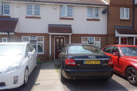 3 bedroom house to rent - Greenhaven Drive, LONDON