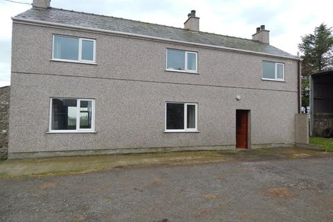 3 bedroom detached house to rent - Clegyrdy Bach