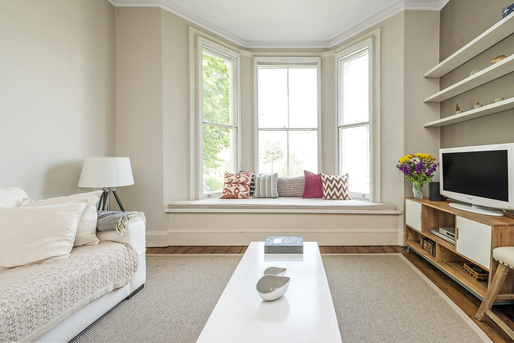 2 Bedrooms Flat for sale in St. Marks Road, W10