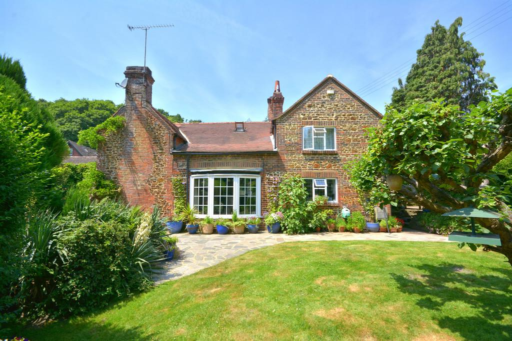 3 Bedrooms Detached House for sale in Washington