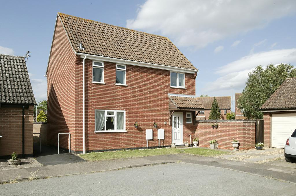3 Bedrooms Detached House for sale in Wordsworth Road, Diss