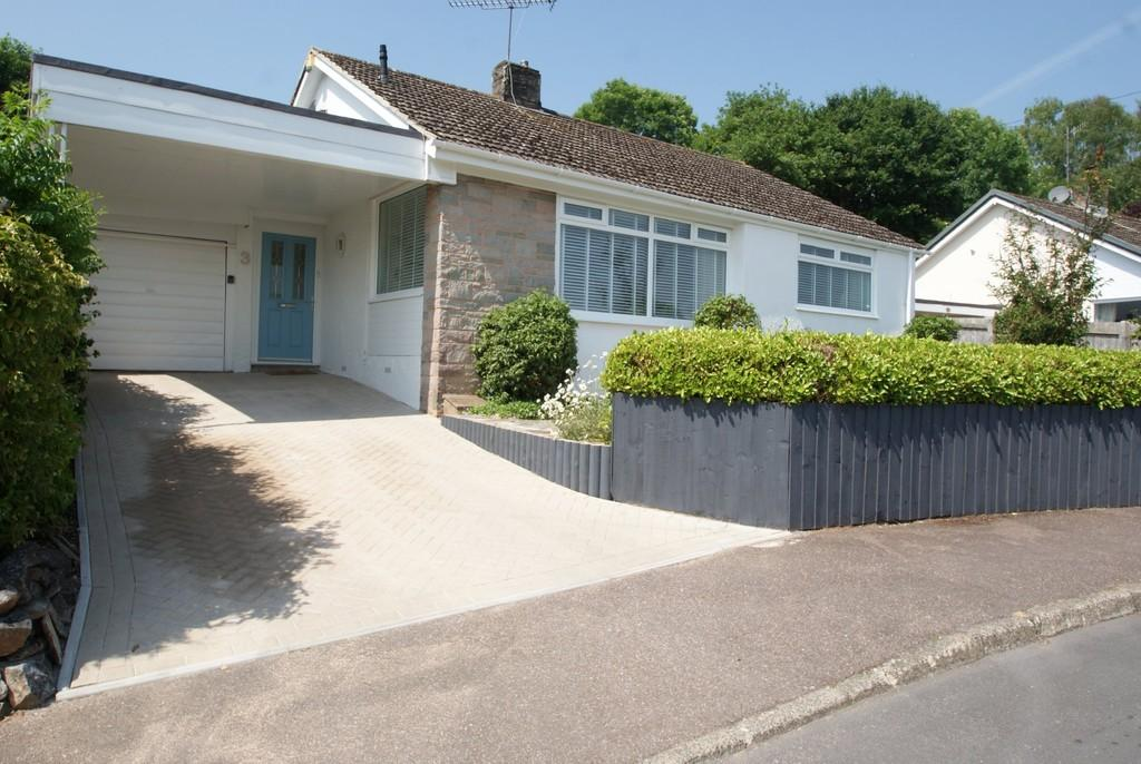 3 Bedrooms Detached Bungalow for sale in Odle Hill Grove | Abbotskerswell | TQ12 5NJ