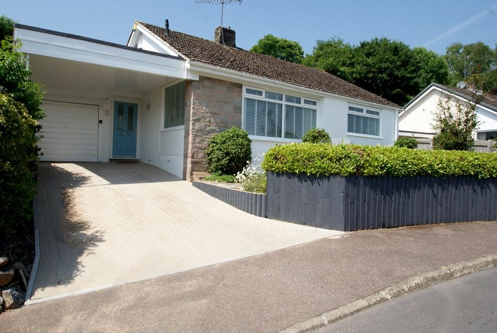 3 Bedrooms Detached Bungalow for sale in Odlehill Grove | Abbotskerswell | TQ12 5NJ