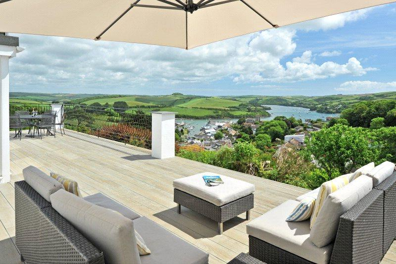 4 Bedrooms Detached House for sale in Frobisher Lane, Salcombe, TQ8