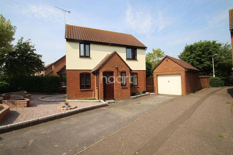 3 bedroom semi-detached house for sale - Hopkins Mead, Chelmsford