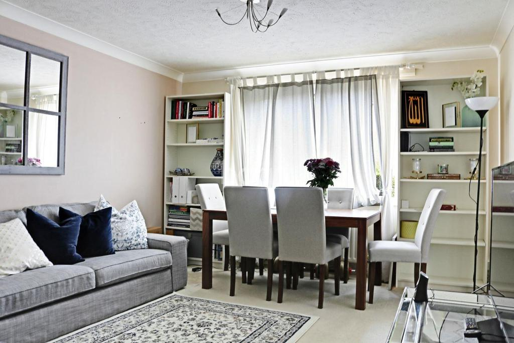 1 Bedroom Flat for sale in Kirk Rise, Sutton, SM1