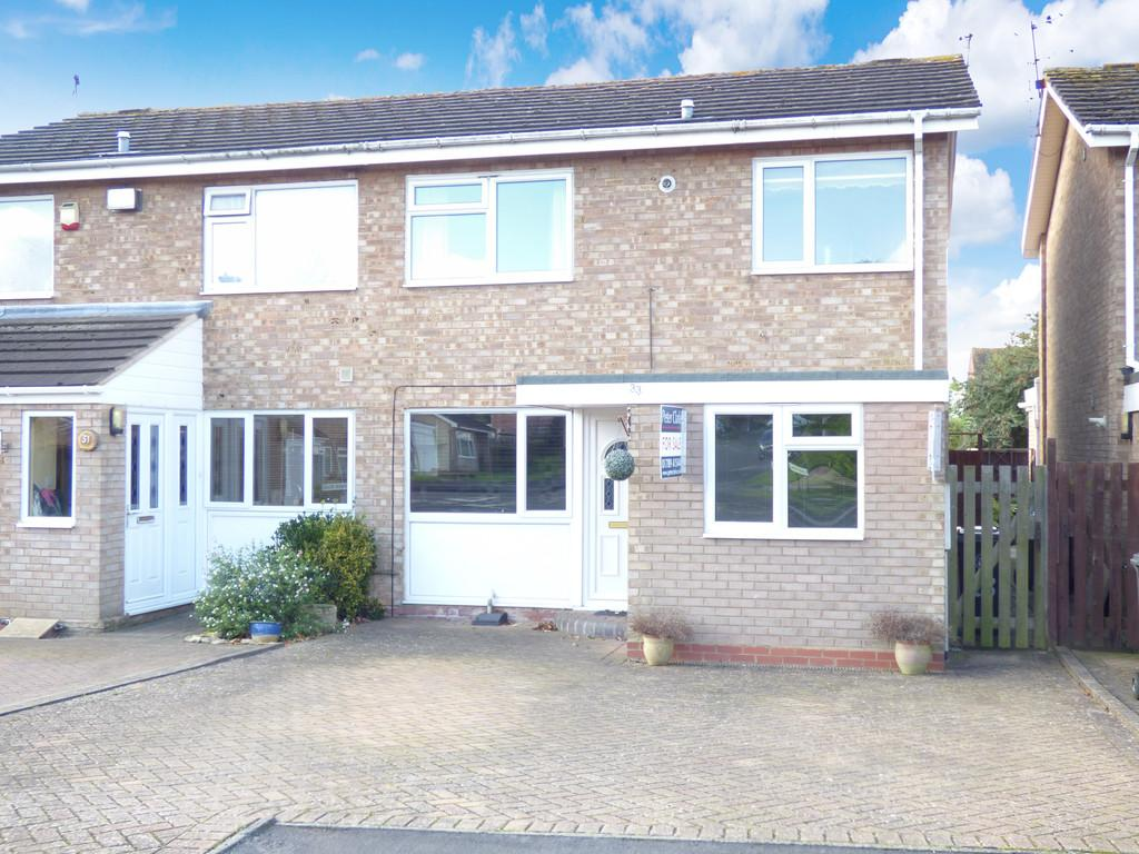 3 Bedrooms Semi Detached House for sale in Burbage Avenue, Stratford-Upon-Avon