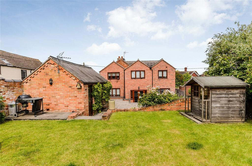 5 Bedrooms Detached House for sale in Main Street, Long Whatton, Loughborough