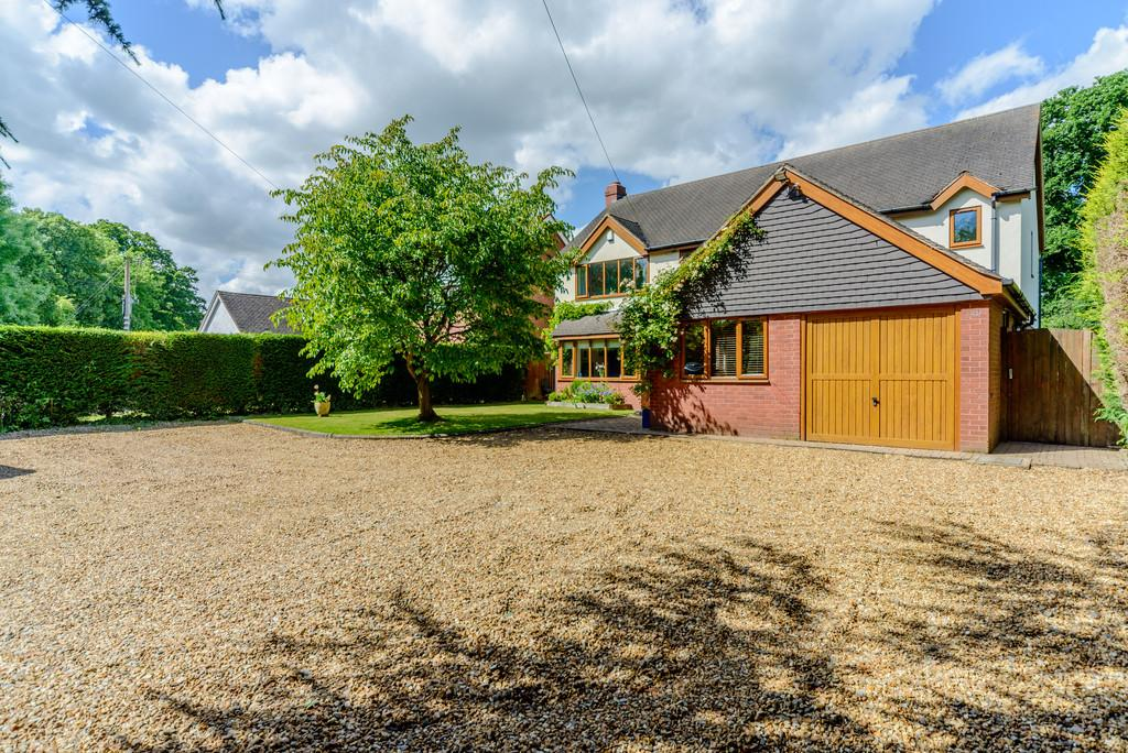 4 Bedrooms Detached House for sale in Spencers Lane, Berkswell