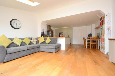 3 bedroom semi-detached house for sale - Writtle Road, Chelmsford