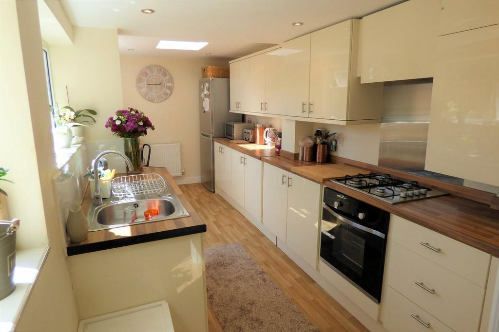 3 Bedrooms Terraced House for sale in Park Street, Uttoxeter