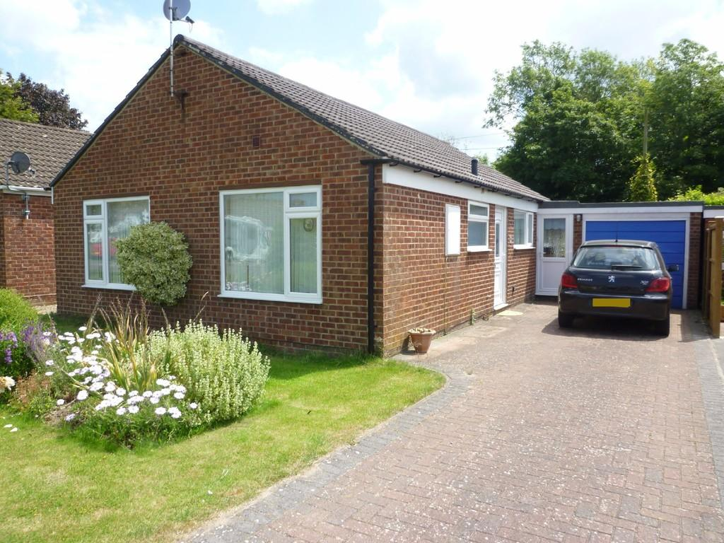 3 Bedrooms Detached Bungalow for sale in North Bradley, Trowbridge