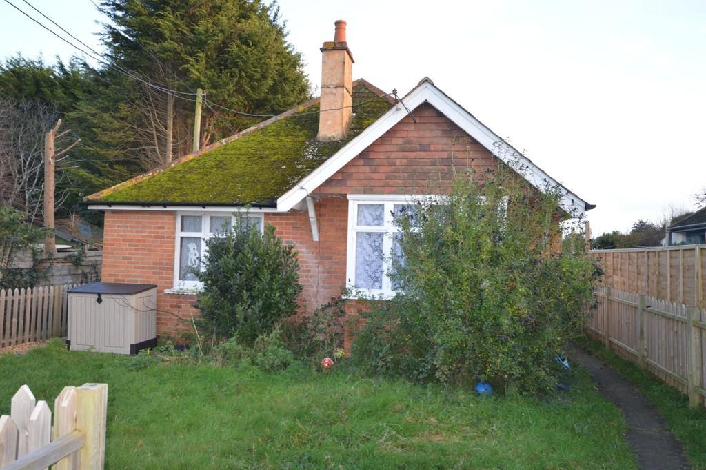 4 Bedrooms Detached Bungalow for sale in Steyne Road, Bembridge