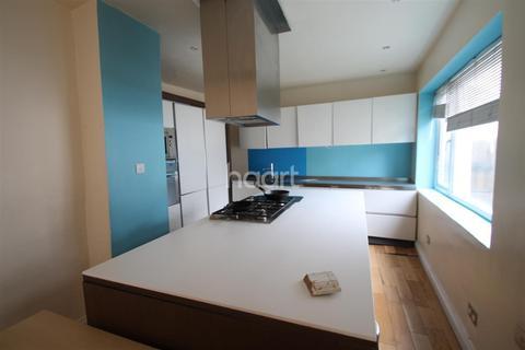 7 bedroom house to rent - Wembley Way, HA9