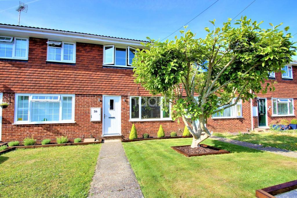 3 Bedrooms Terraced House for sale in Elder Close, Kingswood, ME17