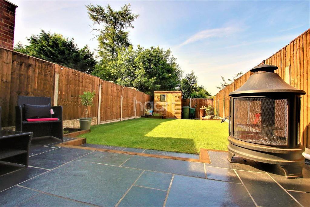 3 Bedrooms Terraced House for sale in Elder Close, Kingswood, ME17