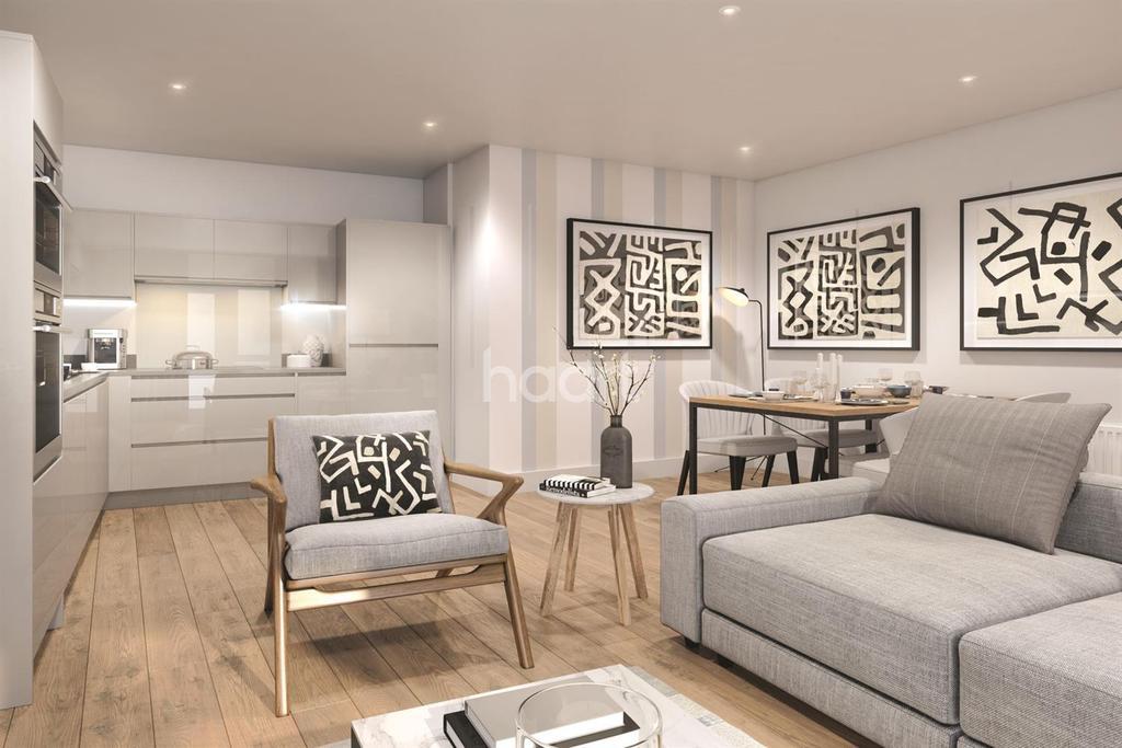 1 Bedroom Flat for sale in Elmington Green, Southampton Way, Camberwell, SE5