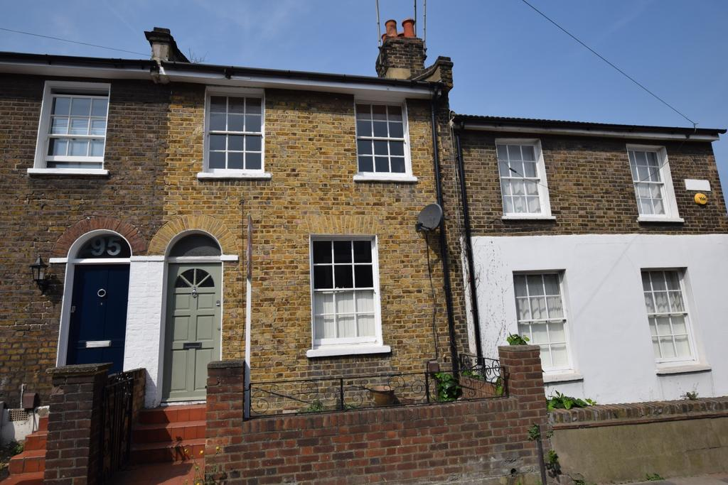 2 Bedrooms Terraced House for sale in Vanbrugh Hill London SE10