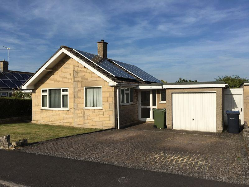3 Bedrooms Detached Bungalow for sale in Broadmead, Corsham