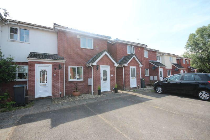 2 Bedrooms Terraced House for sale in Meadowsweet Drive, Cardiff