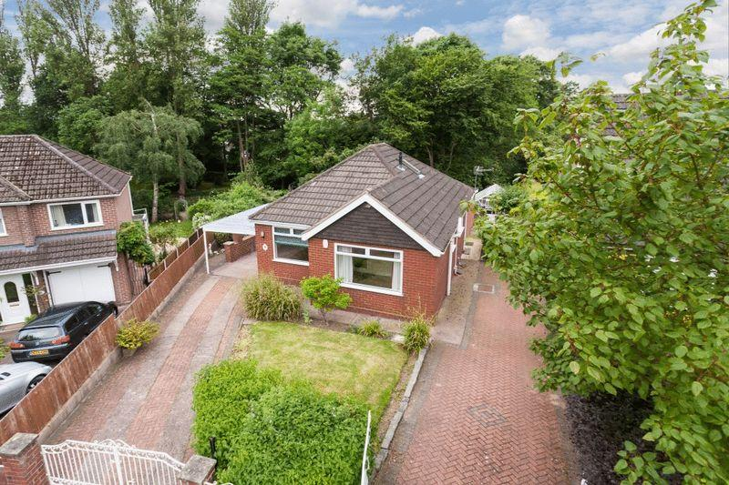 2 Bedrooms Detached Bungalow for sale in Salander Crescent, Wistaston