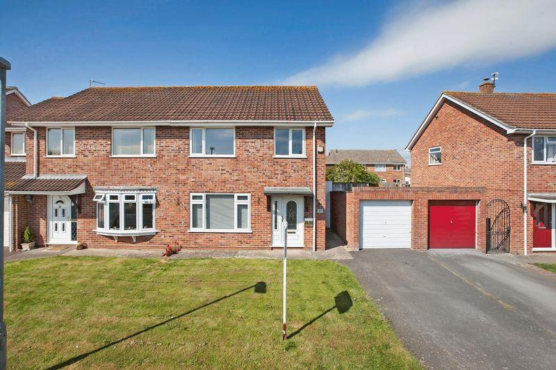 3 Bedrooms Semi Detached House for sale in Pyrland Walk, Bridgwater