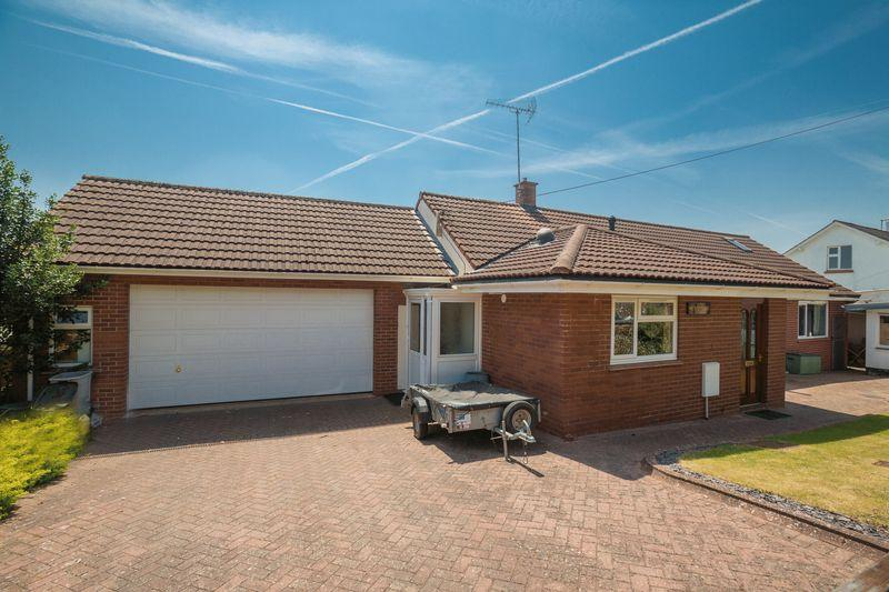 4 Bedrooms Detached Bungalow for sale in Alexandra Road, Crediton