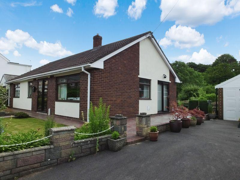 3 Bedrooms Detached Bungalow for sale in Alexandra Road Abergavenny NP7 5RL